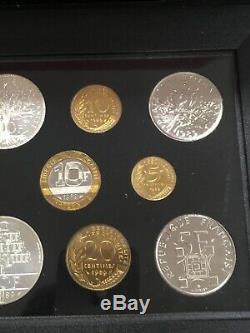COFFRET FRANCS FDC FLEUR DE COIN FRANCE 1989 DONT 10 Frs MONTESQUIEU