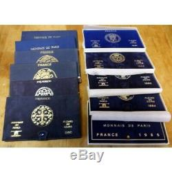 Lot de 13 coffrets FDC 1975, 1976, 1977 rebord, 1978 -1985 (FR1) 19918