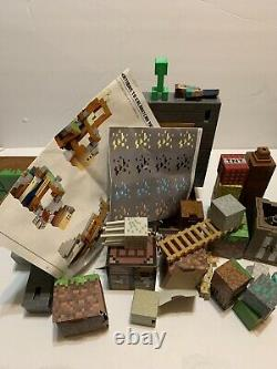 Minecraft Survival Mode Playset with Accessories 2016 Mattel Incomplete Set